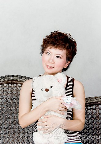 yueyang single women I am just a simple woman looking for a companionship, someone whom i can be comfortable with and grow old with i have been without a partner for many ye.